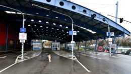 Napriek rekordným prírastkom na Ukrajine ostáva východná hranica otvorená