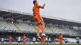 Ronaldo prekonal koronavírus a strelil dva góly. Tréner ho vychválil