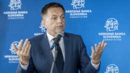 Špeciálna prokuratúra obvinila Petra Kažimíra z úplatkárstva