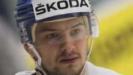 Hudáček odchádza z KHL, sezónu dohrá vo Švajčiarsku