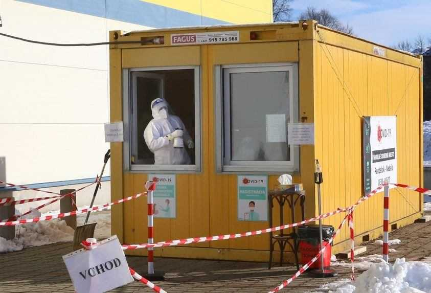 Pribudlo takmer 6 000 nových prípadov, najviac infikovaných hlási Košický kraj