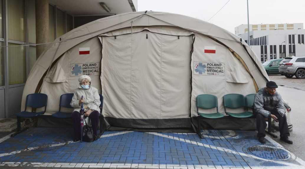 Ako sa v Poľsku vyhnúť karanténe? Jedna z výnimiek je doklad o zaočkovaní