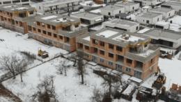 Na Liptove ponúkajú byty v domoch, ktoré postavili bez stavebného povolenia