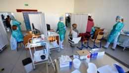 Učitelia z Prešovského kraja a zo Spiša stále čakajú na termín druhej dávky
