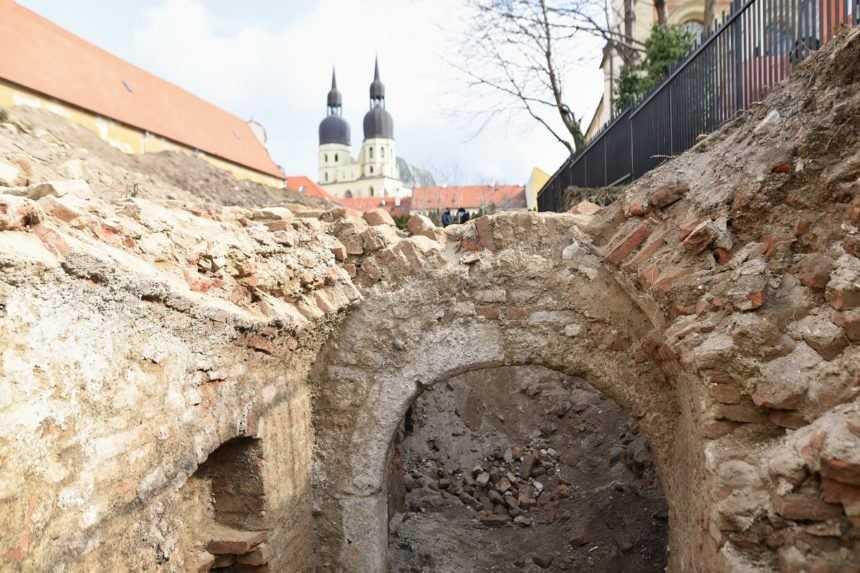 Archeológom v Trnave sa podaril unikátny objav, možno bude súčasťou budúceho parku
