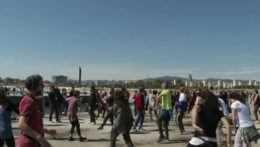 V Barcelone zorganizovali pod holým nebom netradičnú diskotéku