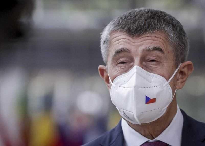 Babiš: Do Česka neschválenú vakcínu nedovezú
