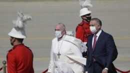 Nezastavil ho koronavírus ani bezpečnostné riziká. František ako prvý pápež navštívil Irak