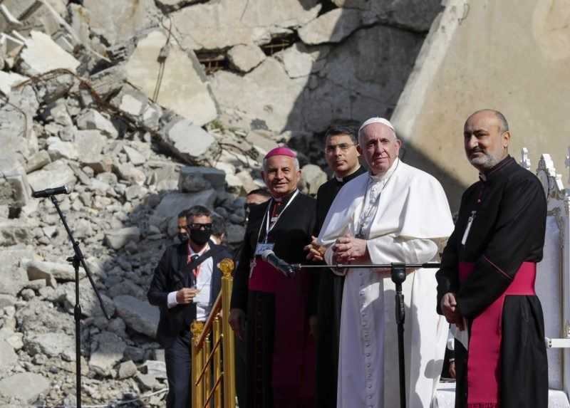 Pápež František zavŕšil historickú návštevu Iraku. Navštívil niekdajšiu baštu Islamského štátu
