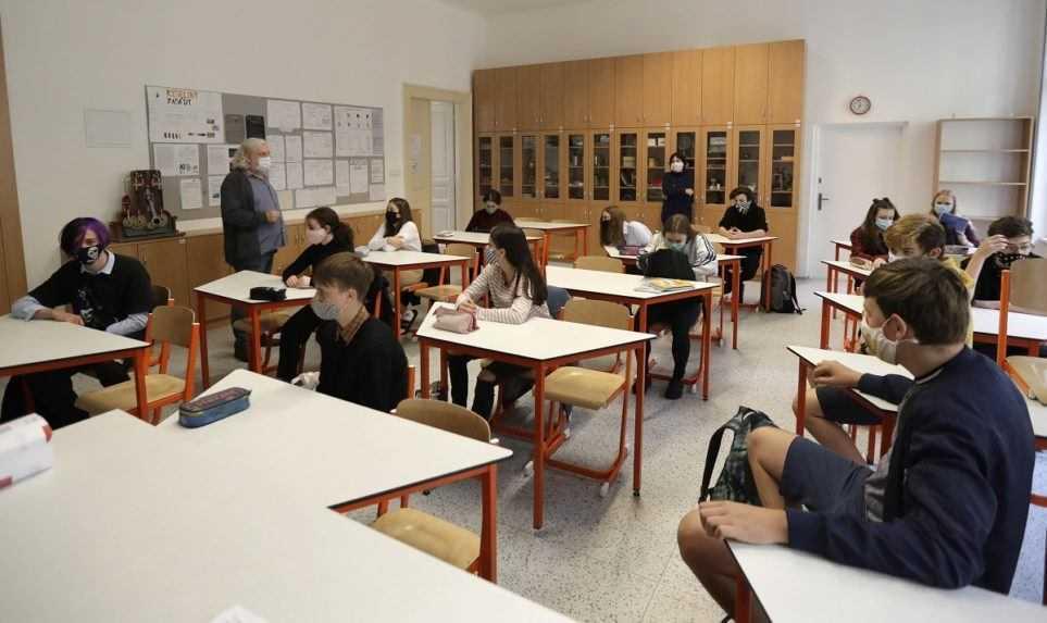 Ministerstvo školstva mení spôsob výberu stredných škôl pre deviatakov