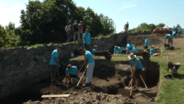 Zlatá éra obnovy slovenských hradov sa podľa archeológov skončila
