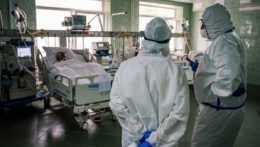 nemocnica lekári pacienti