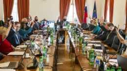Súdna rada vybrala deväť kandidátov na sudcov Najvyššieho správneho súdu