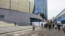 Kým v Košiciach je záujem o očkovanie nízky, Bratislava hlási nedostatok vakcín