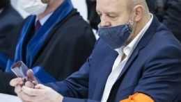 Súd s Ruskom v kauze Volzovej zrušili, dôvodom je pandémia