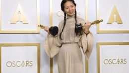 Sošku za najlepší film si z Oscarov odniesla Krajina nomádov (+ prehľad víťazov)