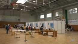 V Šali aj Michalovciach otvorili veľkokapacitné očkovacie centrá