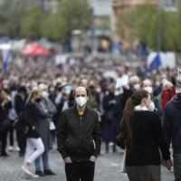 V Prahe demonštrovali tisíce ľudí, nepáči sa im Zemanov postoj k Rusku