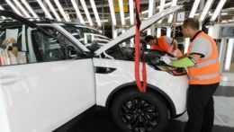 Jaguar Land Rover v Nitre vytvorí pracovné miesta pre stovky ľudí