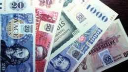 Ceny starých bankoviek rastú. Rovnaká však môže stáť aj tri eurá, aj tridsať