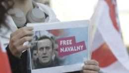 Žiadny internet ani bankové vklady. Ruský súd paralyzoval Navaľného nadáciu
