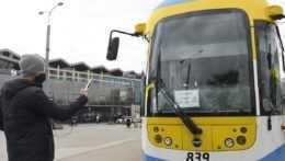 Vodiči MHD v Košiciach a Bratislave výstražne štrajkovali