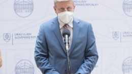 Na snímke minister zdravotníctva Vladimír Lengvarský (nom. OĽANO).