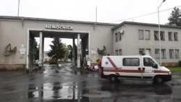 Nemocnica s poliklinikou Prievidza so sídlom v Bojniciach.