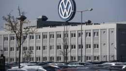 Rozšírenie dopravy či tisíce bytov. Bratislavský Volkswagen čaká na splnenie sľubov