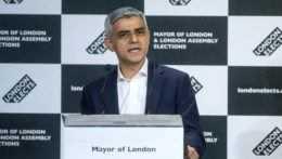 Starostom Londýna bude aj naďalej Sadiq Khan