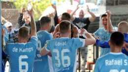 Fortuna liga: Slovan oslavuje titul, Nitra sa lúči s elitou