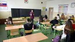 základné školy deviaty ročník