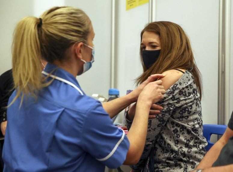 Na Slovensku by sa už o dva týždne mohlo začať očkovať vakcínou od Johnson & Johnson