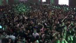 párty v nočnom klube, diskotéka