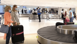 Ľudia už začali s plánovaním dovoleniek. Ako v lete bezpečne cestovať?