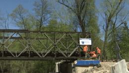 Dočasný most medzi Kysakom a Veľkou Lodinou demontujú, slúžil štyri mesiace