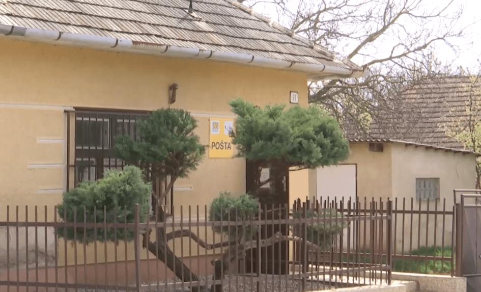 Slovenská pošta ruší viaceré pobočky v Nitrianskom kraji. Aj tú, ktorá má 136 rokov