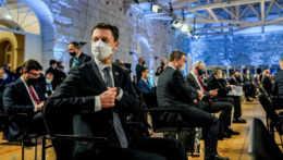 Na samite lídrov krajín EÚ sa riešil najmä nedostatok vakcín, tvrdí Heger