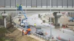 Stavebné práce na obchvate diaľnice D4.