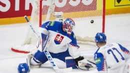 MS v hokeji: Slovensko si o medaily nezahrá. Vo štvrťfinále podľahlo USA
