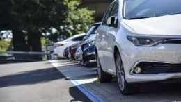 Bratislava spustí parkovaciu politiku v októbri. Zatiaľ len vniektorých častiach