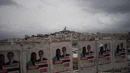 Macron v regionálnych voľbách prepadol, očakávania však nenaplnilo ani Národné združenie