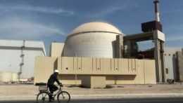 Jedinú iránsku jadrovú elektráreň na niekoľko dní pre poruchu odstavili