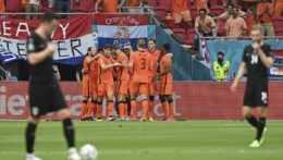Holandsko vyhralo nad Rakúskom 2:0 a postúpilo do osemfinále