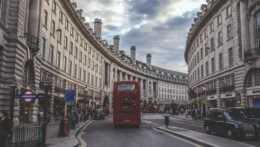 londyn-autobus-taxi
