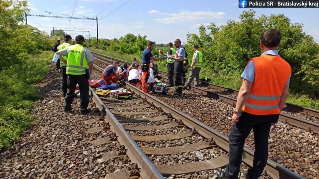 V Bratislave zrazil vlak dve maloleté dievčatá