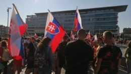 Protestujúci v Bratislave.