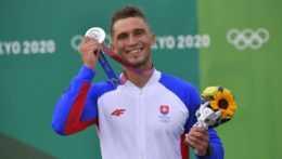 Jakub Grigar so striebornou medailou.