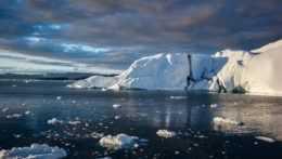 Topenie ľadovcov v Grónsku.