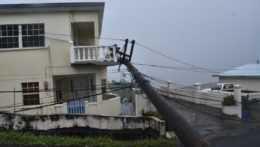 Do Karibiku mieri hurikán Elsa, mohol by zasiahnuť Kubu, Jamajku i Floridu